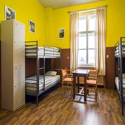 shiraz hostel